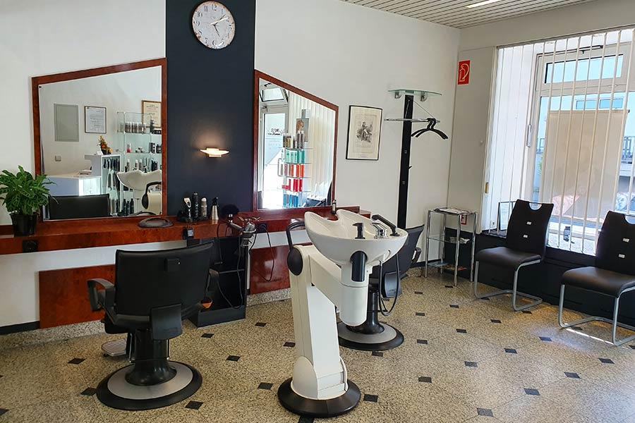 Im Friseur Hembach